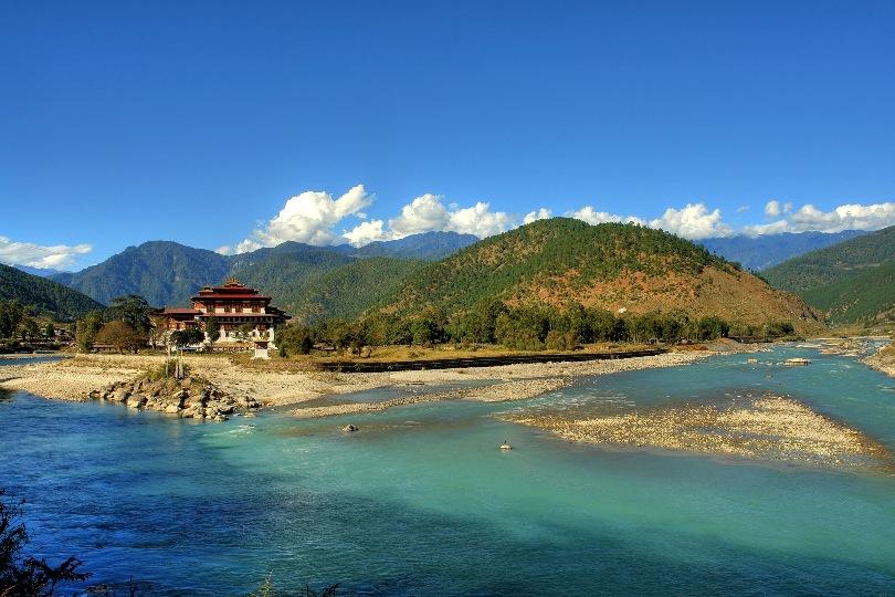 Bhutan Tour To Thimphu-Punakha-Paro 6 Nights / 7 Days